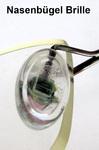 Uta Focke: Nasenbügel einer Brille