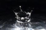 Wassertropfen Krone klar